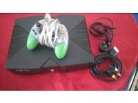 Xbox original with one controller