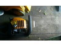 2x petrol hedge cutters