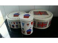 Lovely vintage look bunting cup cake and flag storage tins