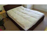Hypo-allergic natural geese feathers mattress topper