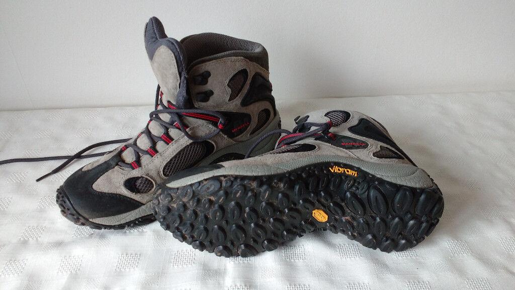 Men's/Boy's Merrell Hiking boot - size 8.5