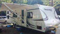 Roulotte 27' R-Vision Trail Sport 27QBSS 4498lbs (pas taxes)
