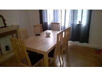 Real oak dining table and 6 chairs for £200 only