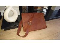 Mens 100% Genuine Goat Leather Shoulder Bag 15 inches wide - £15