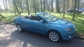 focus convertible , low miles, stunning car only £2995ono may part ex