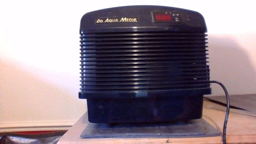 Aquarium coolerin Hawkhurst, KentGumtree - AquaMedic Titan 250 aquarium chiller,used to prevent the aquarium water from overheating during hot weather and from other heat sources such as pumps and lighting,essential when keeping delicate livestock such as marine fish and corals ideal for...