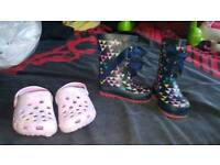 next infant size 3 wellies with free clogs