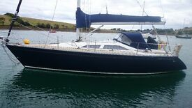 MAXI 1000 34'SAILING YACHT BUILT 2000 VOLVO DIESEL LOADS OF EXTRAS,LOVELY INTERIOR £49500