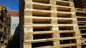Wooden pallets Euro Epal solid grade pallet wood furniture making burning can deliver.
