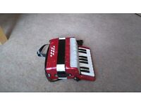 8 Bass Baby Accordian