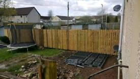 Fence erector