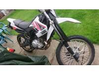 Yamaha wr 125 r.