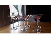 A set of 6 beautiful cocktail/champagne glasses