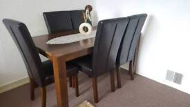 Dinning table + 5 chairs