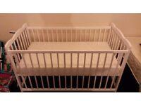 Baby cot with meomery foam mattress