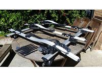 Thule 591 bike cycle roof rack carrier (X3) and Thule 961 Wingbar