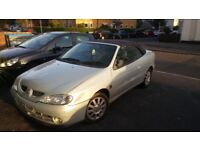 megane coupe / convertible good condition, the roof consists of no problem