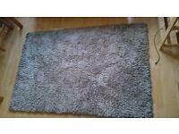 Soft Medium-sized Rug (Grey) - Good condition