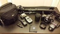 Nikon D90 DSLR with Speedlight Flash and Extras