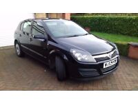 Black Vauxhall Astra in great condition for age