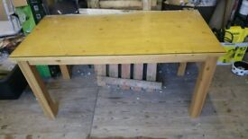 Dining table 6 seater + top glass