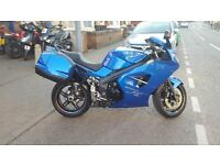 TRIUMPH SPRINT ST 1050 2005 IN STUNNING BLUE WITH FSH INC VALVE CLEARENCES AND ONLY 24,977 MILES