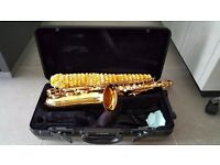 YAMAHA ALTO SAX (YAS- 475) EXCELLENT CONDITION with stand+music stand+ sling+ cleaning eq.
