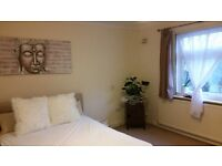 Beautiful Doble Bedroom in South Woodford