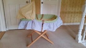 WICKER MOSES BASKET WITH PINE STAND, MATTRESS AND GINGHAM COVERS