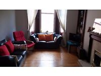 One bedroom furnished traditional flat, Shawlands, £525pcm