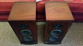 Castle stirling speakers