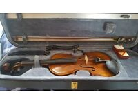 Hidersine Giovanni Full size violin with case, bow, shoulder rest and rosin