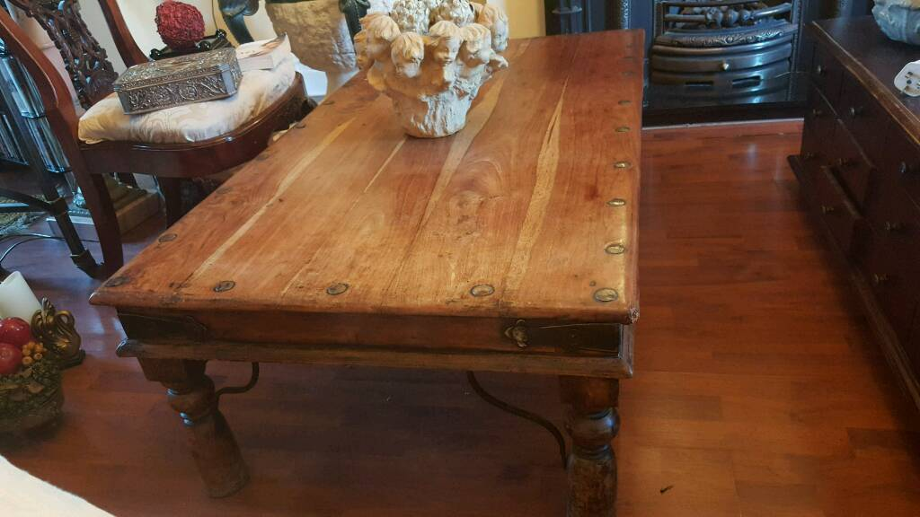 Large wooden coffee table in fulwood lancashire gumtree for Coffee tables gumtree london