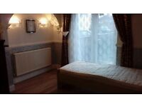 Beautiful Double Room, Newly Decorated and Furnished, Available in Knowle