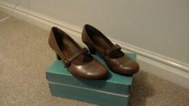 Ladies Clarks shoes.