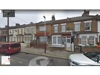 Beautiful 6 Bedroom house With 3 Bathrooms Ready to move in upton park, St-Stephen Road, (E6 1AT)