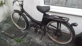 VINTAGE EARLY 1960s MOBYLETTE MOPED, SPARES OR REPAIR