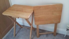 2 pine foldable side tables.