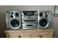 Kenwood High power hifi system - 3 cd turner, tape, aux for mp3 player ect.