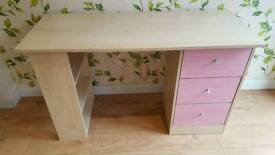 Desk and Chair - Girls - pink