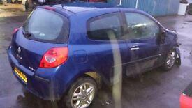 CLIO 2007 BONNET
