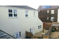 ** Student House ** Four Bedrom Detached House In Boscombe