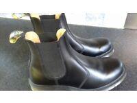 Size 9 Doc Martens Dealer boots black leather