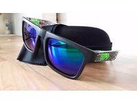 SPY FOLDING SHADES Hardly used sunglasses