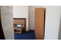 Best accomodation - DOUBLE ROOM, ALL BILLS, INTERNET, TV, READY FOOD, CLEANING AND LAUNDRY