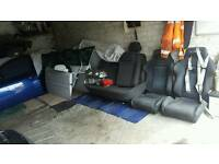 Loads of parts of various cars. Vectra etc