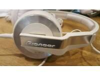 Pioneer HDJ 500 DJ Headphones