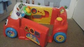 FISHER PRICE CAR - LAUGH & LEARN CRAWL AROUND CAR - LIGHTS / MUSIC ect