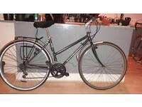 Edinburgh hybrid bike