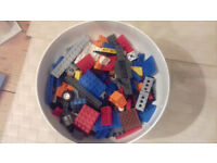 LEGO toy bricks, bits and pieces: mixed lot of Lego